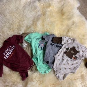 Set of baby onsies size 0-3 months